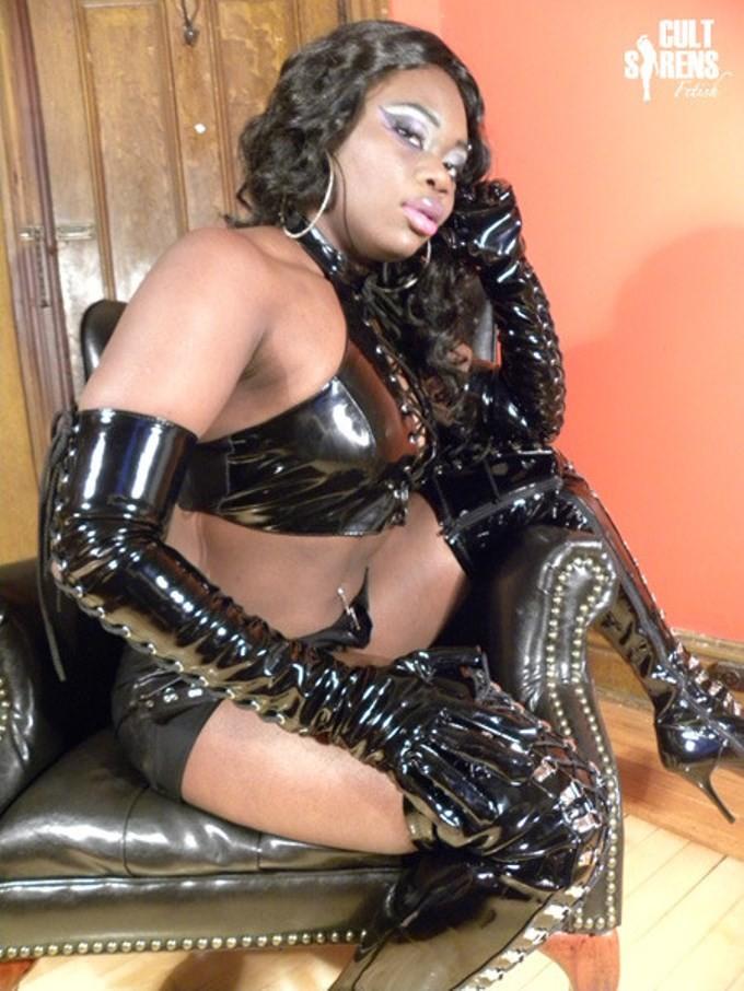 black femdom ebony dominatrix domzine