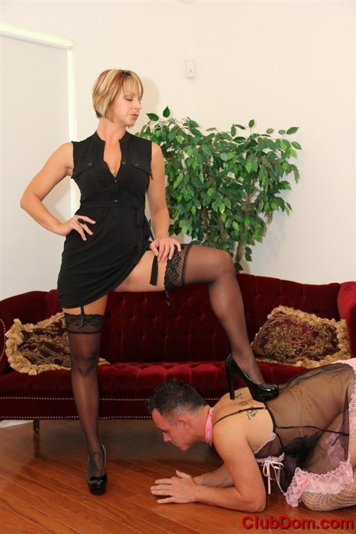 club-dom-mistress-8