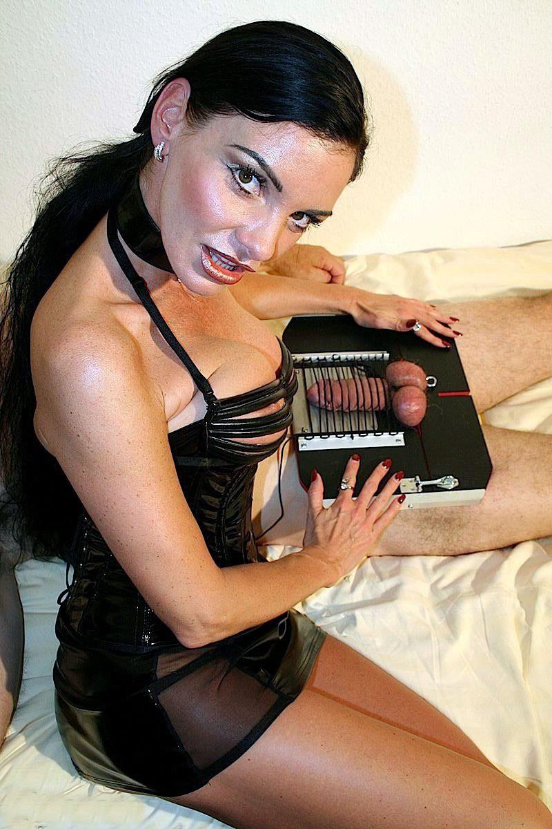 cruel-mistress-24