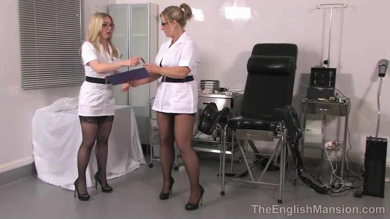 english-mansion-medical-femdom-59