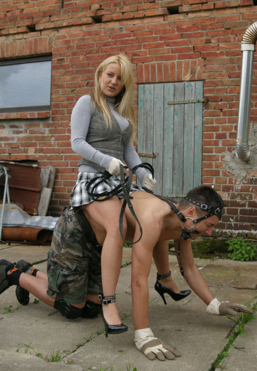 humiliation-submission-20