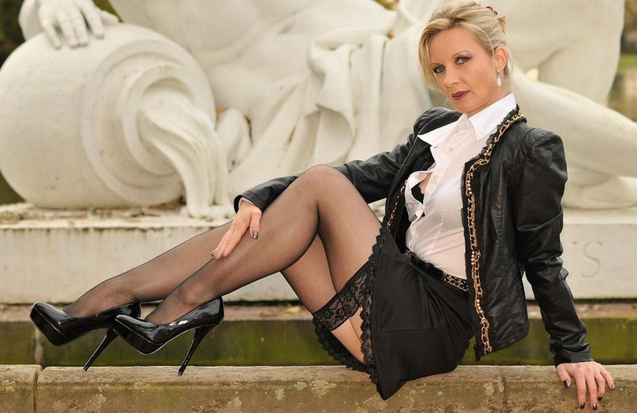 Mature Mistress 94
