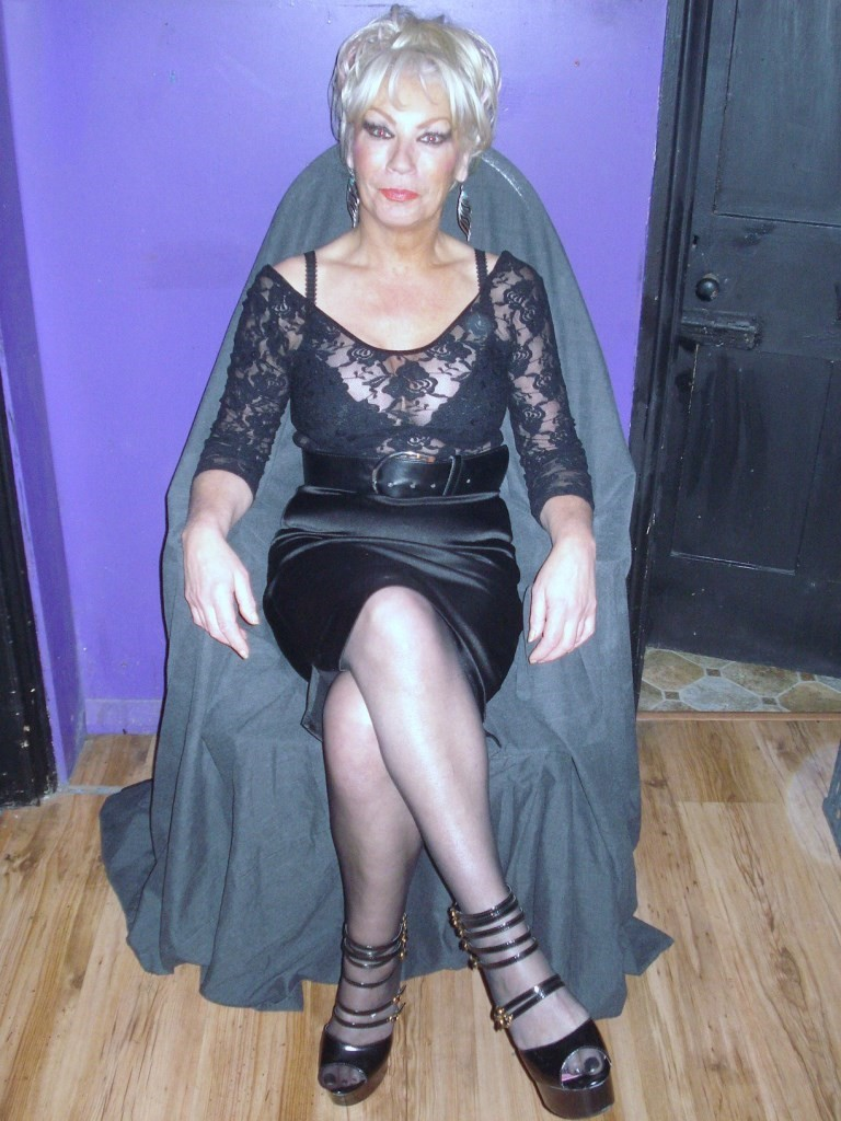 mature-dominatrix-2