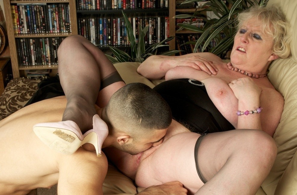mature-dominatrix-3