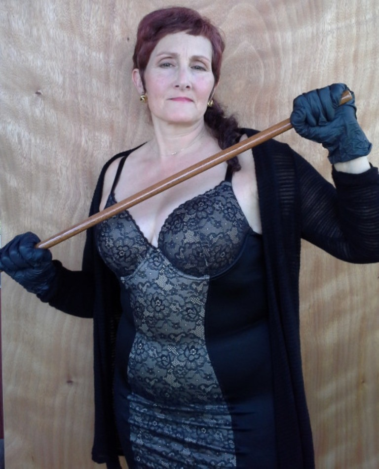 mature-dominatrix-2-3