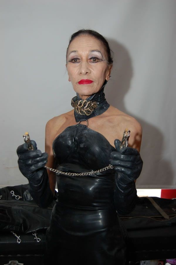 mature-dominatrix-2-8