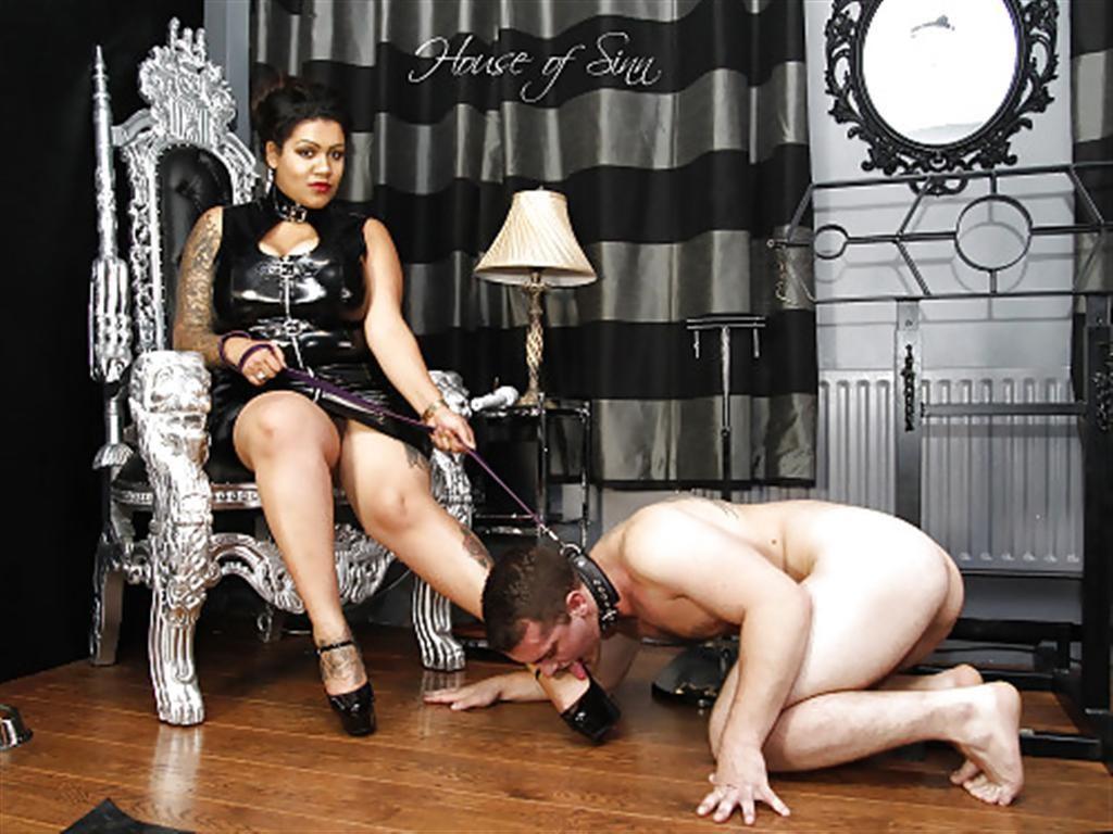 Mistress Slave 36