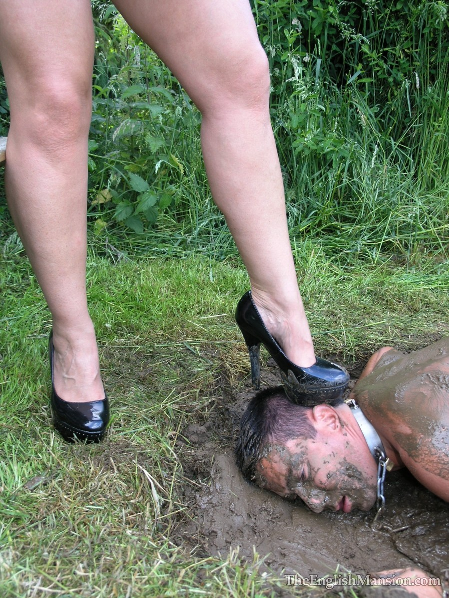 mud-fucked-giant-strapon-23