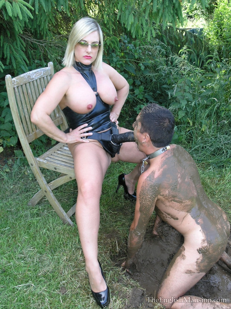mud-fucked-giant-strapon-25