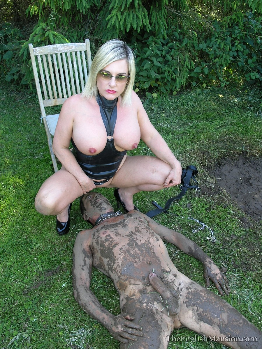mud-fucked-giant-strapon-36