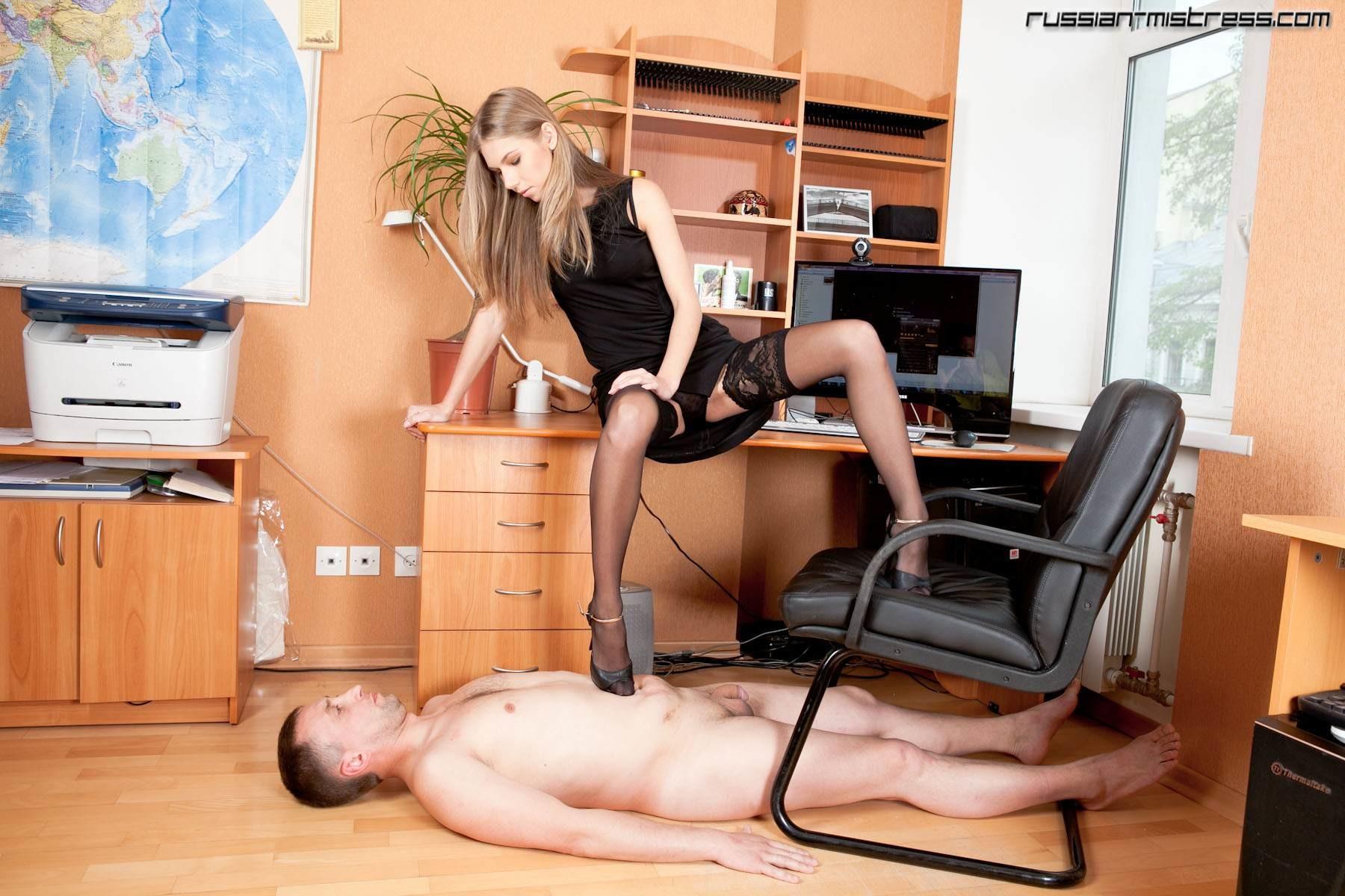 russian-bossy-lady-11