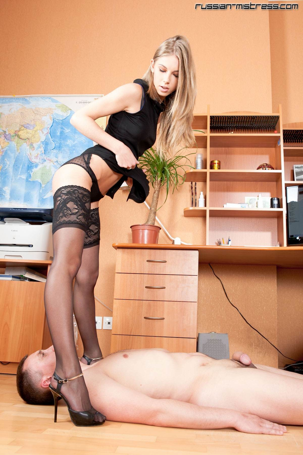 russian-bossy-lady-2