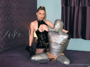 bondage-fuck-puppet-14