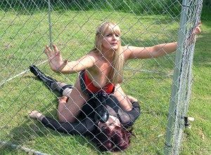 caged-for-giant-strapon-04