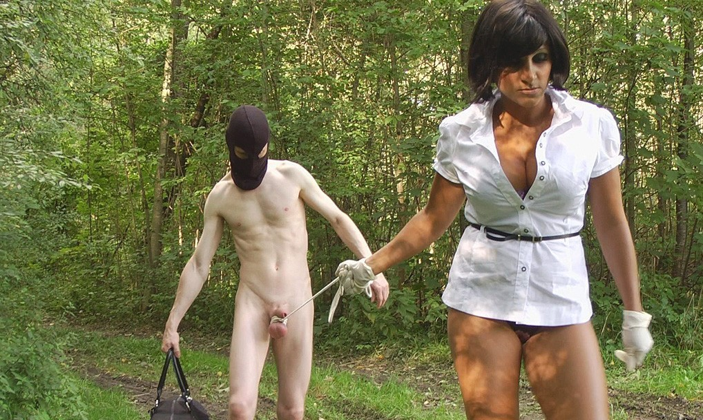 naked pictures humiliation extreme outdoor bondage
