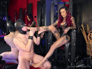 Cruel-Young-Domme-04