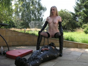 leather-bondage-sack-08