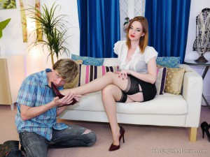 Zaradurose-footworship-date-01