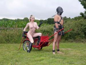 naked-riding-ponyboy-04