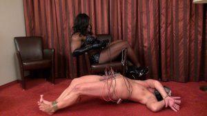01-black-mistress-cbt-1