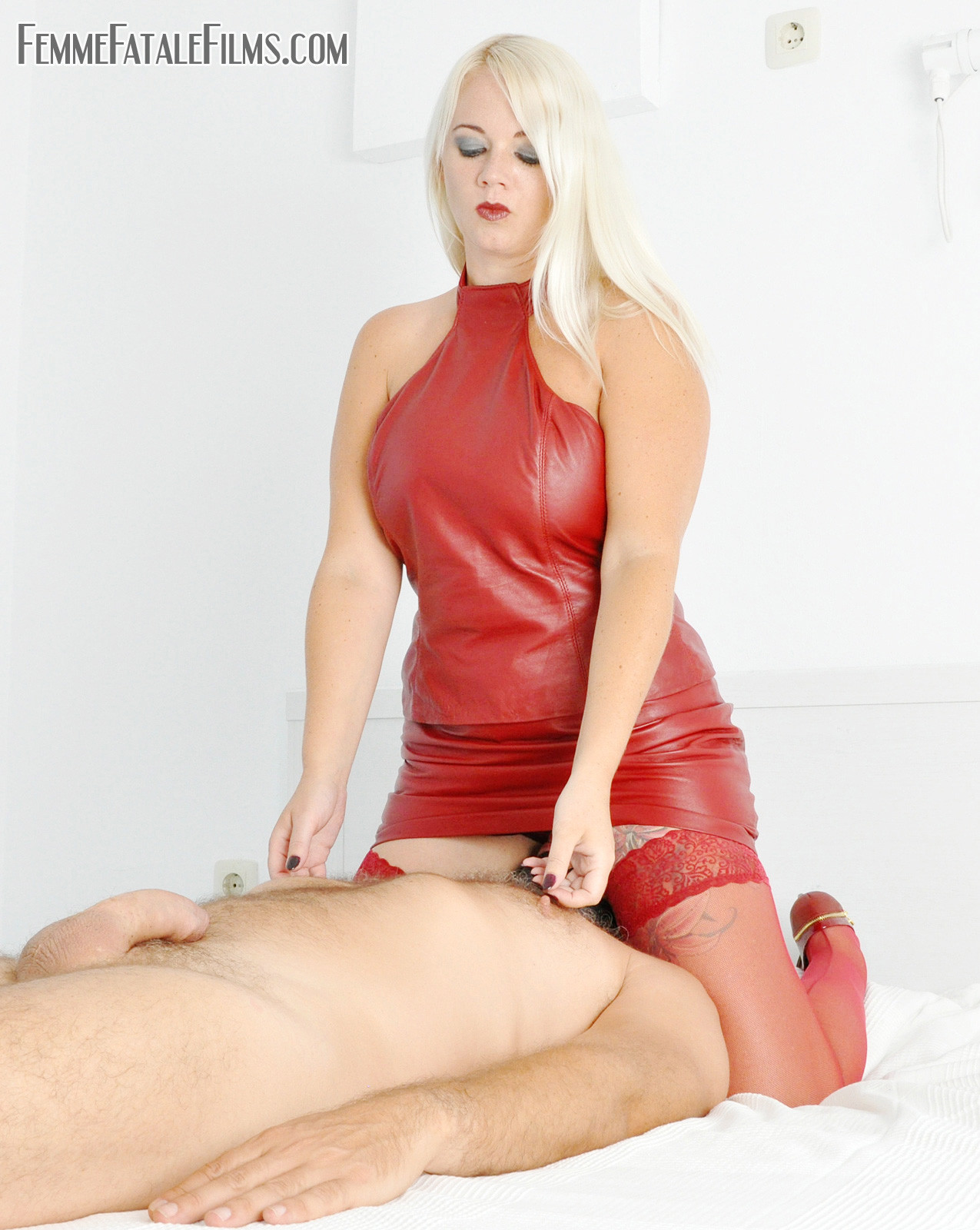 fatale-mistress-22