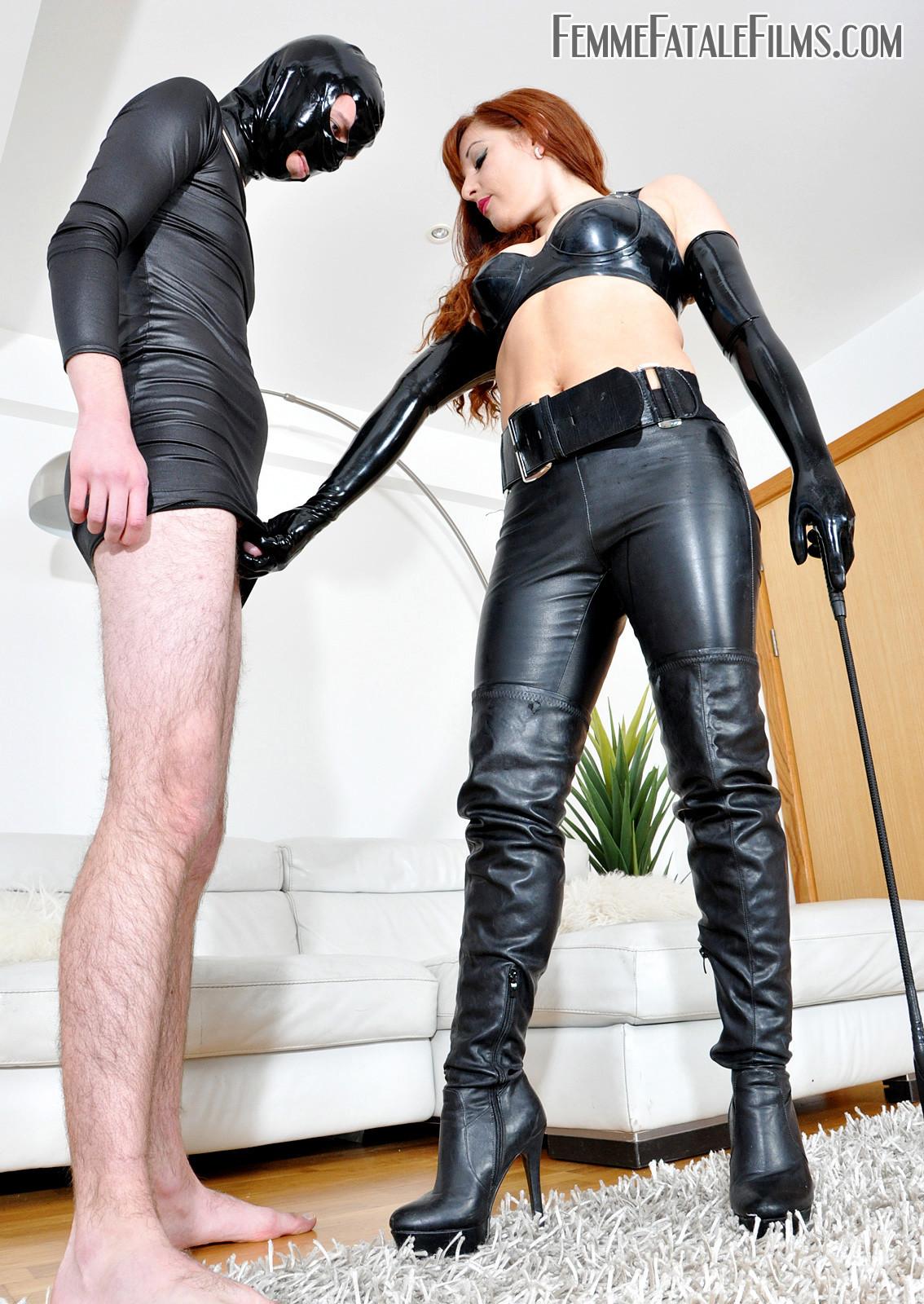 fatale-mistress-25
