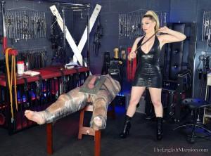 mistress-sidonia-extreme-cbt-01