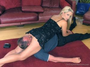 wrestling-bottom-breast-smothering-19